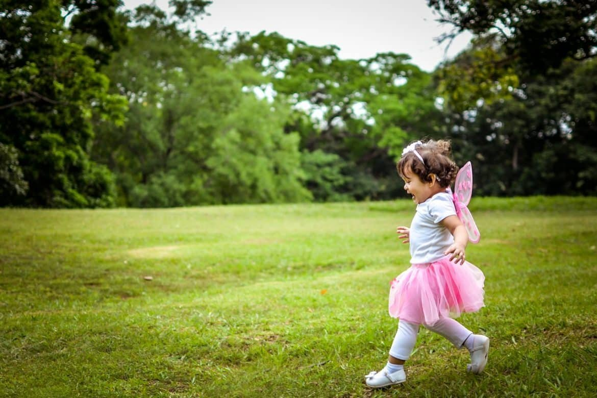 Get Trendy Clothes For Your Kids Within Your Budget
